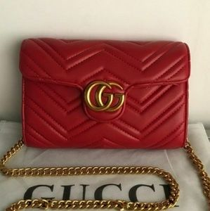 New Gucci marmont red Cross body Bag